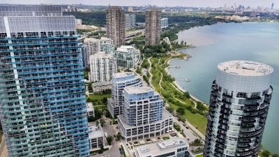 Transportation Around Lakeshore And Parklawn Condos etobicoke condos Park Lawn Condos | Home lakeshore parklawn transportation options mimico condos etobicoke condos humber bay shores condos 400x225